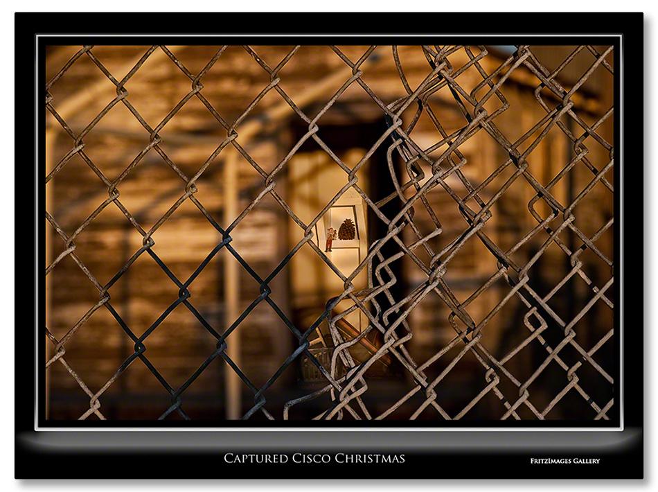 FritzImages | First Look Nikon SB 910 | image name = Captured Cisco Christmas
