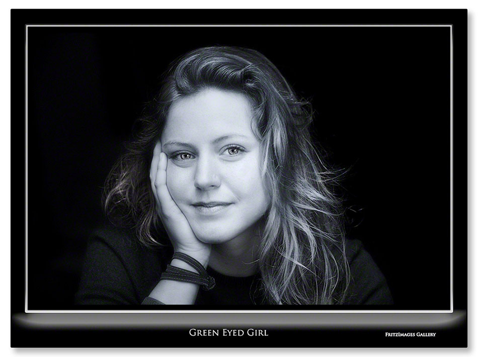 FritzImages | Di GPS Eco Professional | image name = Fi 20130509 0201 Green Eyed Girl IO