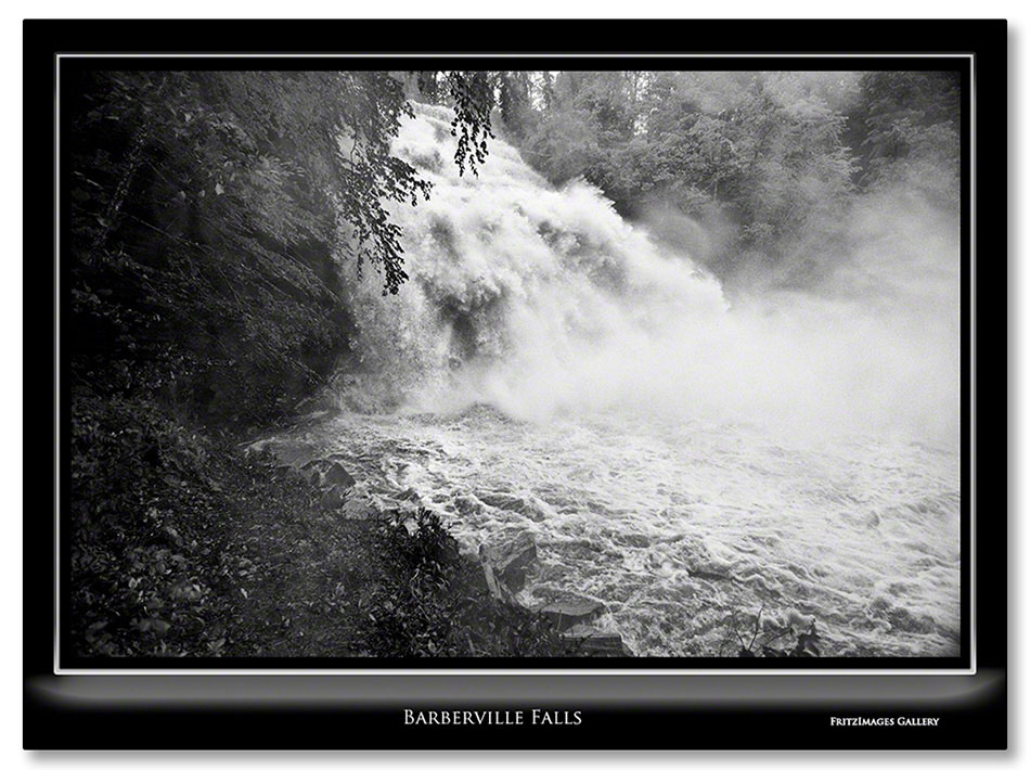 FritzImages | Barberville Falls closed for summer | image name = Fi 20130525 1491 Barberville Falls IO