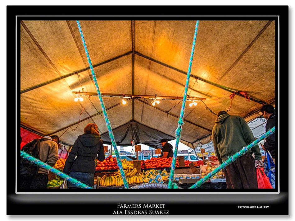 FritzImages | PrePare for Boston WS Parade | image name = FI 20131101 0071 MA Farmers Market ala Essdras Suarez IO