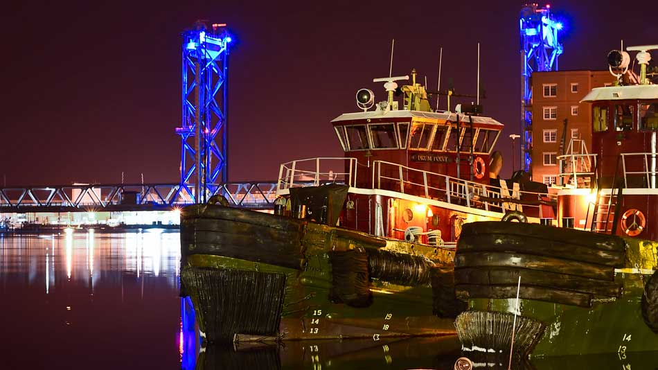 FritzImages | Nikon D4s Shipping Today | image name = Fi 20140327 0169 NH Portsmouth Harbor IOP